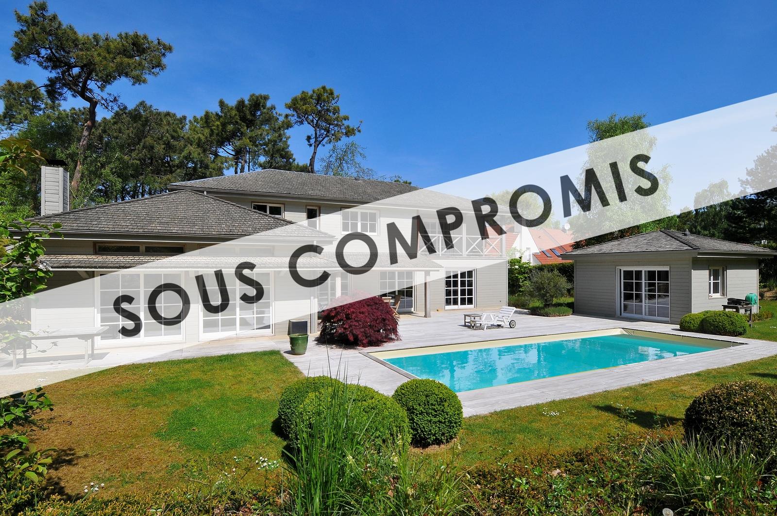 Villa Forêt : 7945>